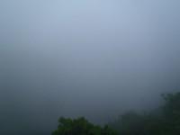 朝は見えた湖尻水門も見えない